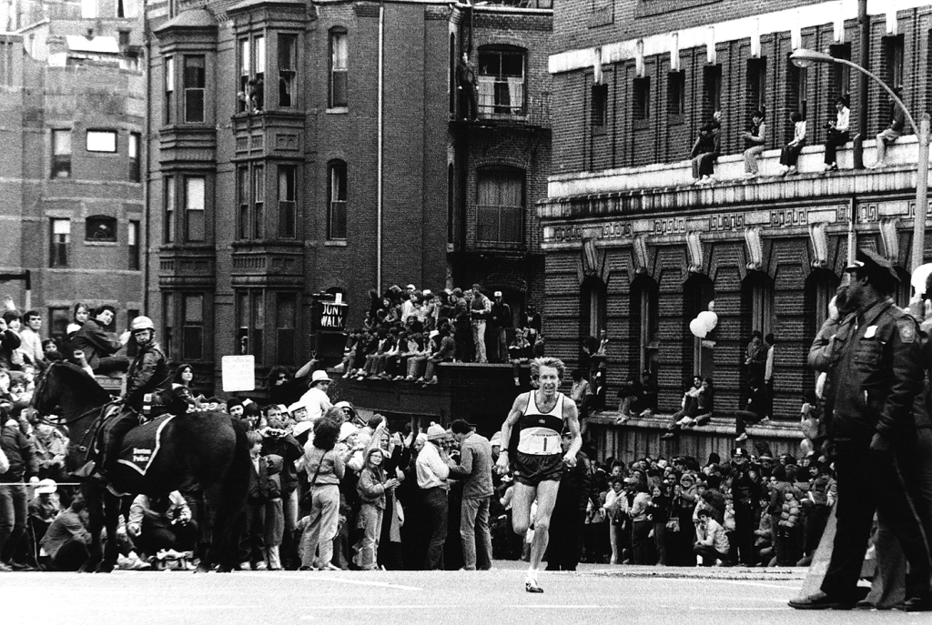 Billy Rodgers 1981, ready to turn the corner onto Boylston St
