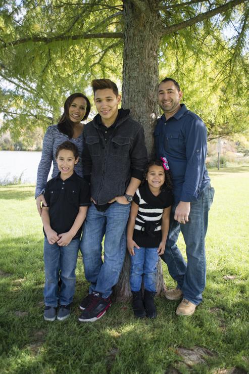 shaina and family-6328