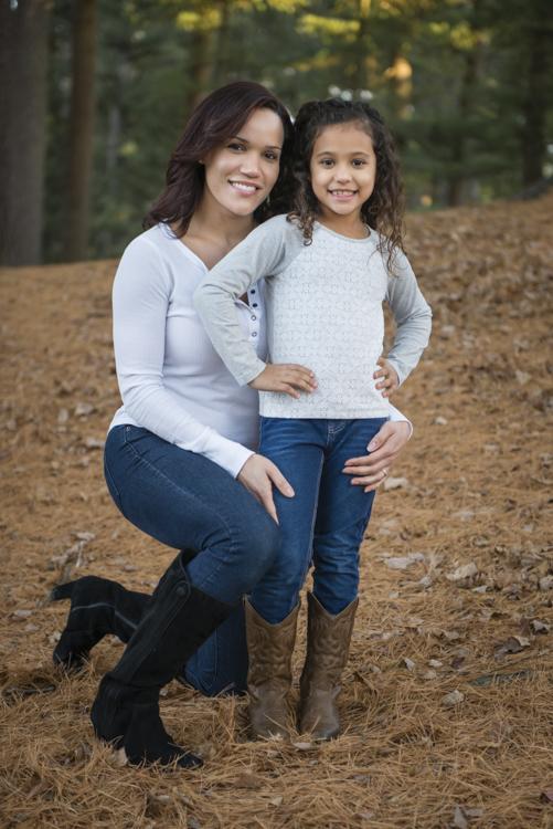 shaina and family-8768