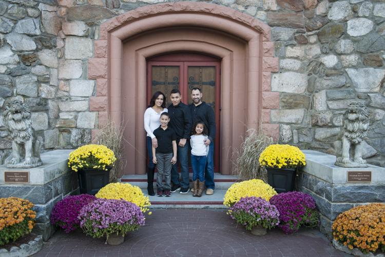 shaina and family-8797