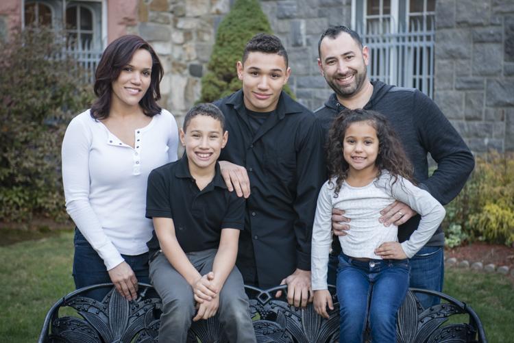 shaina and family-8826