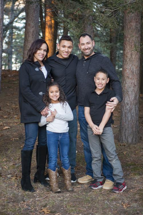 shaina and family-8909